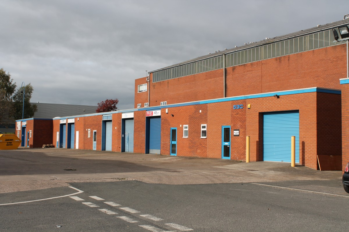 Units to rent in the Black Country - Industrial or Warehousing, Kingswinford, West Midlands