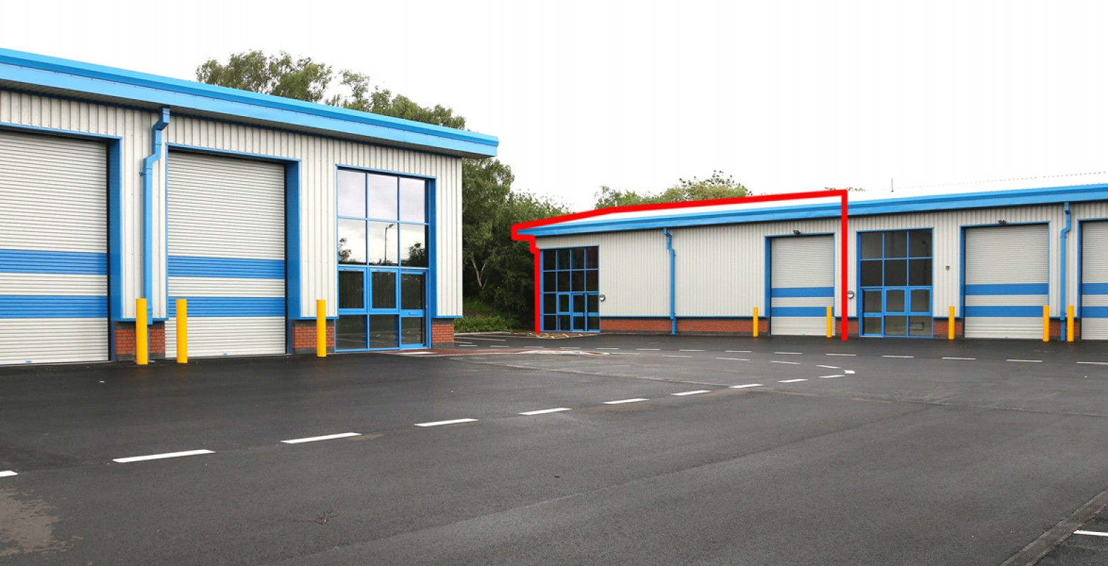 Industrial unit to let Black Country - Industrial or Warehousing, Kingswinford, West Midlands