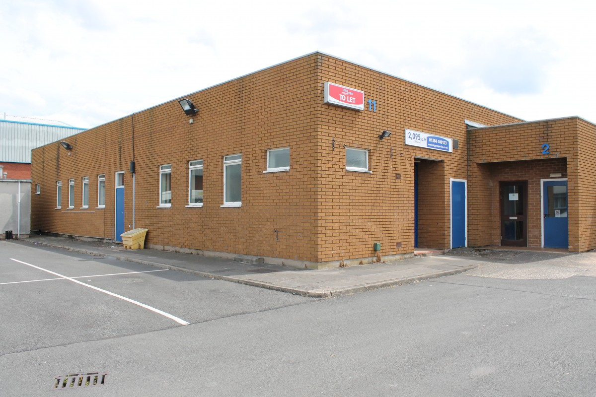 Commercial unit to rent in the Black Country, Kingswinford - Industrial or Warehousing|Leisure|Other, Kingswinford, West Midlands
