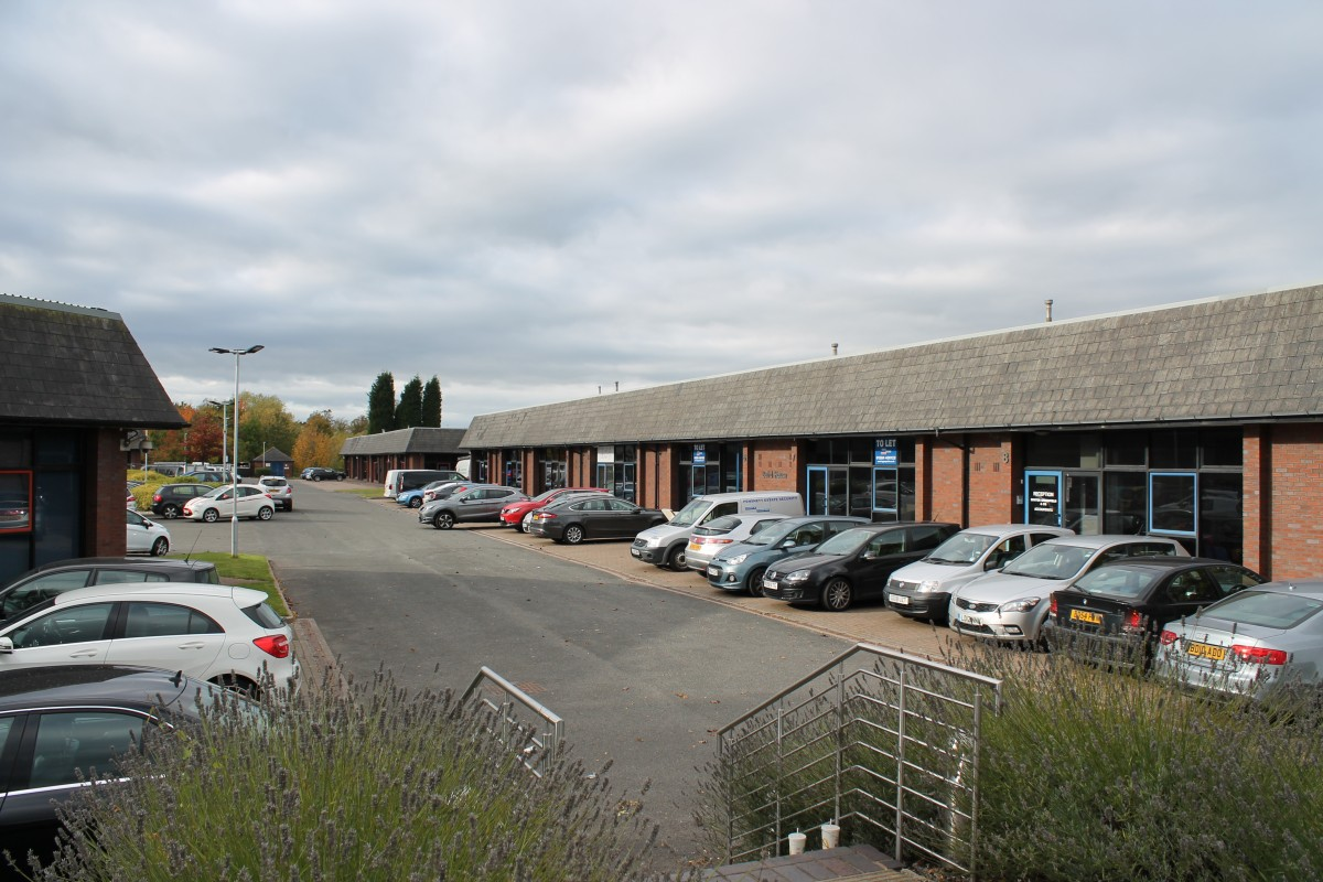 Offices to let Black Country - Leisure|Offices|Other, Kingswinford, West Midlands